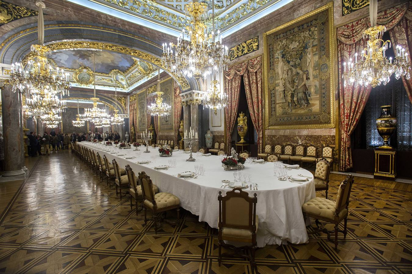 iVenture Attraction Guided l  Tour Pass Card Palacio Real