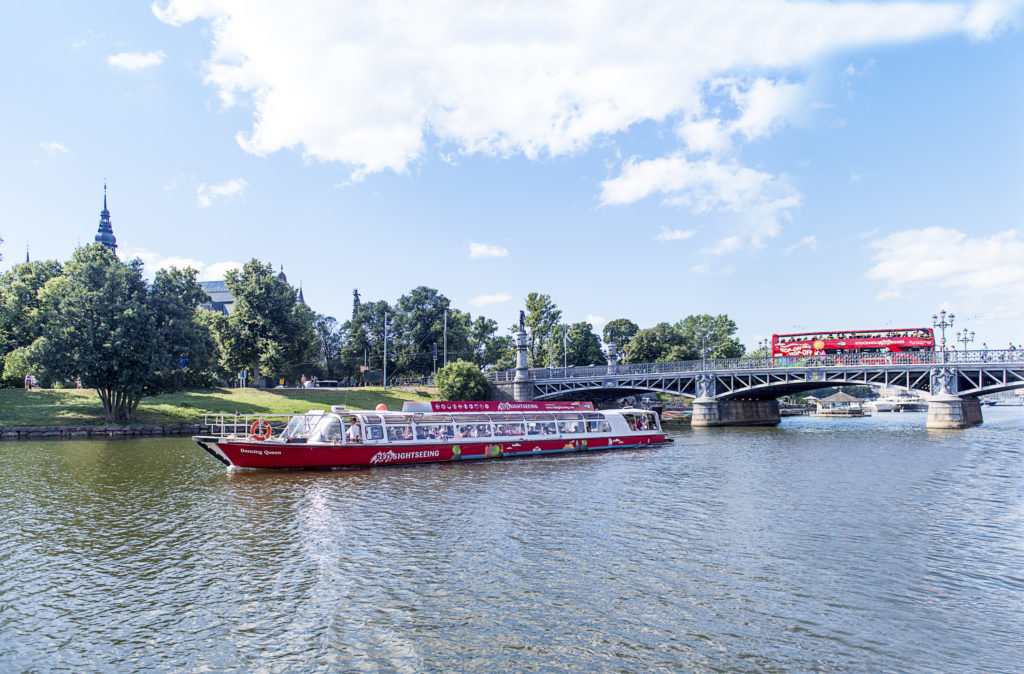 Save Up To 50 On The Royal Bridges Amp Canal Tour
