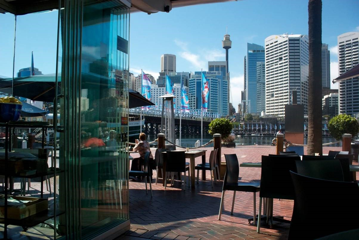Save up to 40 on the blue fish restaurant in sydney for Blue fish restaurant